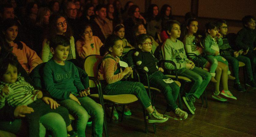 Lotação esgotada no primeiro espetáculo do Concurso Nacional de Teatro 13