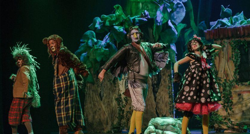 Lotação esgotada no primeiro espetáculo do Concurso Nacional de Teatro 4