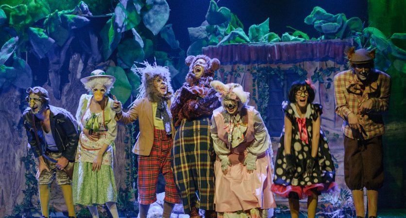 Lotação esgotada no primeiro espetáculo do Concurso Nacional de Teatro