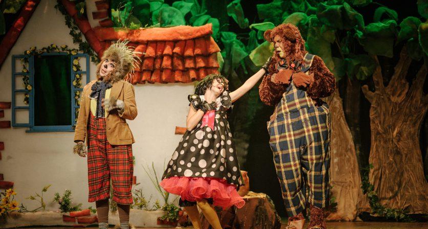 Lotação esgotada no primeiro espetáculo do Concurso Nacional de Teatro 19