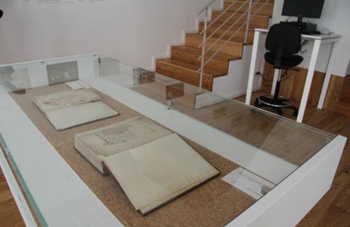 Câmara da Póvoa de Lanhoso incentiva à consulta online do Arquivo Histórico Municipal