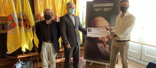 """""""Vidas Adiadas"""" vence Prémio Literário António Celestino"""