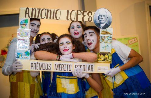 Câmara Municipal da Póvoa de Lanhoso entregou Prémios de Mérito Escolar António Lopes